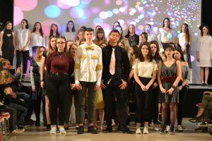 SZTE Kossuth Zsuzsanna Szakgimnázium és Szakkozépiskolájának 2019-es tavaszi divatbemutató